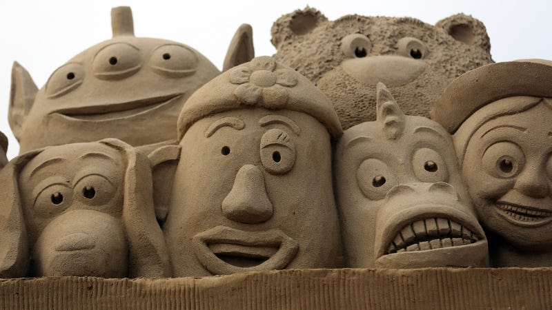 11 Splendid Sand Sculptures Made For the Movie Geek