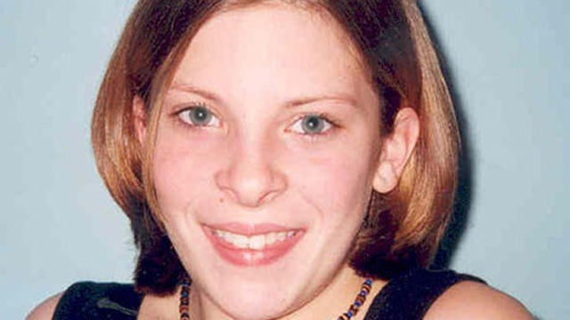 Murdoch Paper Hacked Murdered Girl's Voicemail