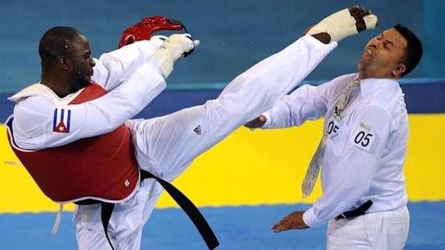 Blood Writes: It's Not Smart For A Taekwondo Beginner To Spar With A Black Belt