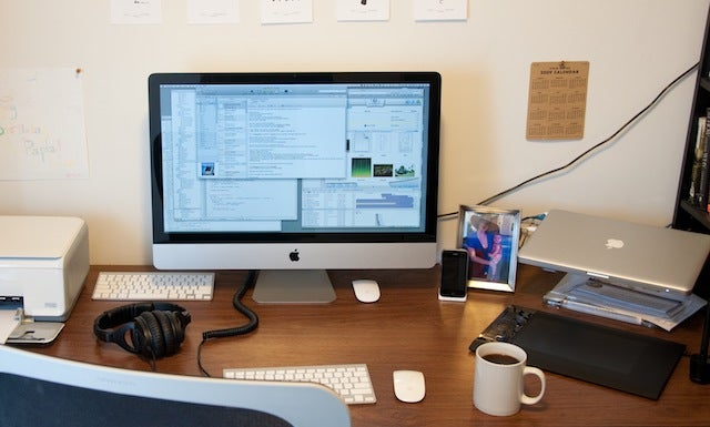 From the Tips Box: Cheap Programming Books, Remote iTunes Management, and iMac Monitors