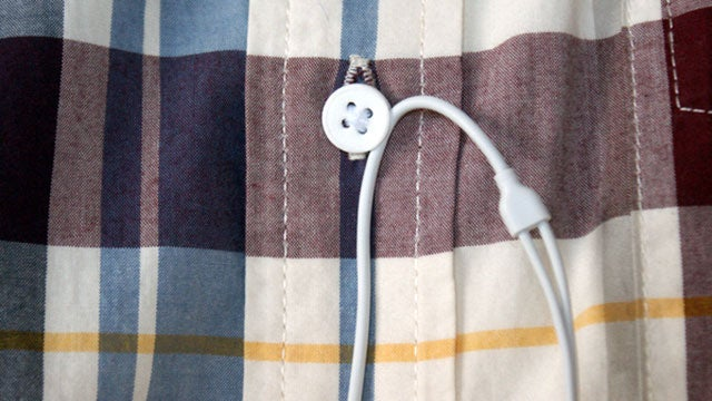 Button 2.0 Adds Headphone Cable Management to Your Shirt