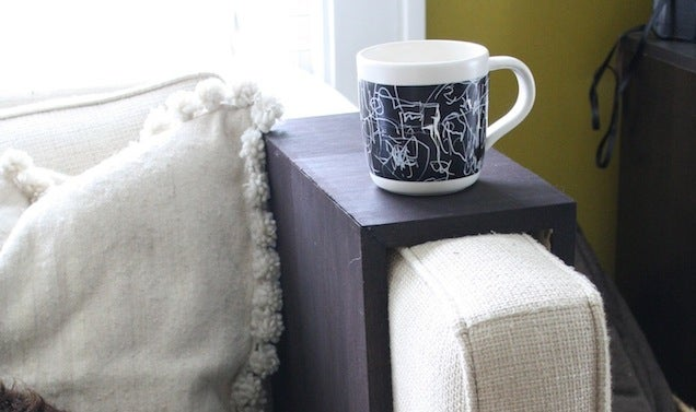 DIY Wooden Couch Sleeves Make the Perfect Spot for Your Drink