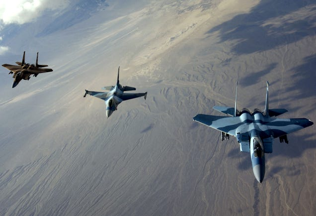 How To Win In A Dogfight: Stories From A Pilot Who Flew F-16s And MiGs