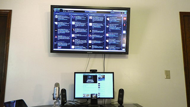 Mount Your Second Monitor Above Your Main One To Reduce Distractions