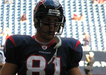 Owen Daniels Uses Facebook To Negotiate New Contract With Texans