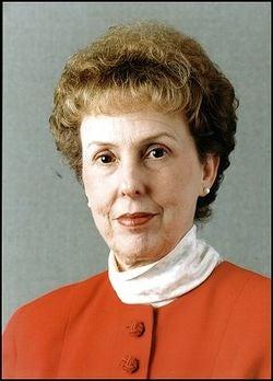 Deborah Howell, 68, Editor