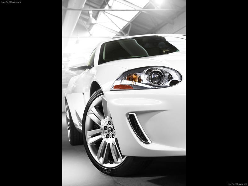2010 Jaguar XKR: 510 HP Pussycat Kills Even Faster