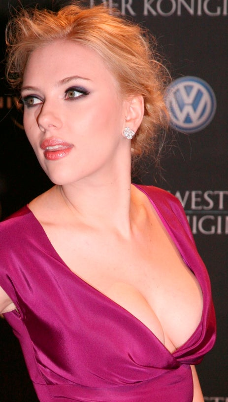 Scarlett Johansson Different From Natalie Portman In Two Big Ways