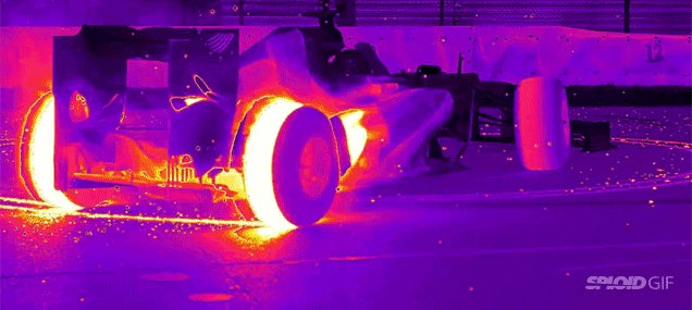 Seeing F1 cars race in thermal vision is so freaking cool