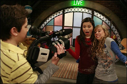 Breaking: America's Most Popular Show Is iCarly, You Are Old
