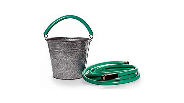 Use an Old Garden Hose to Make Carrying Buckets and Crates Easier on Your Hands