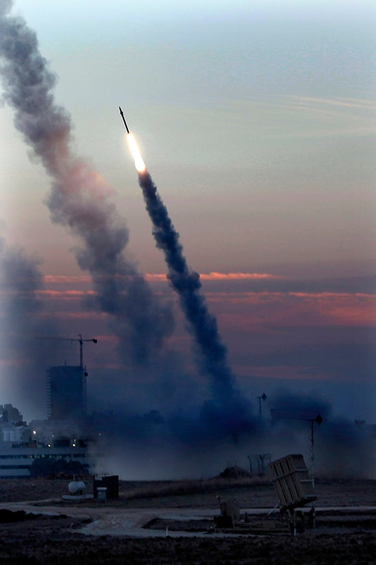 Gaza Rockets & Missile Countermeasures: Warzone Flying Is Dangerous