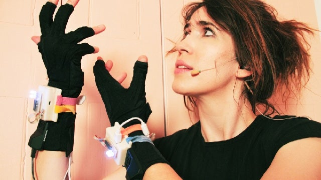 Sensor-Laden Gloves Help Songstresses Make Music From Thin Air