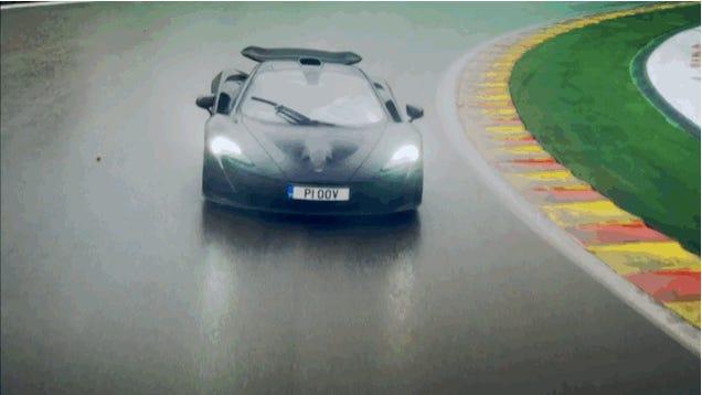 Érdekel a világ legjobb autója a világ legjobb pályáján?