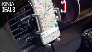 Anker's New Smartphone Car Mount is Only $10 with a Bonus AUX Cable