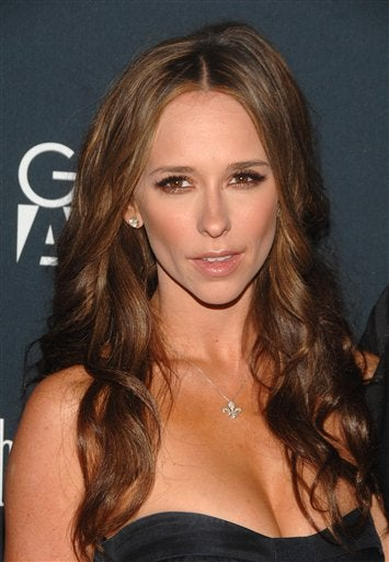 """Secrets"" From Jennifer Love Hewitt's New Dating Book"