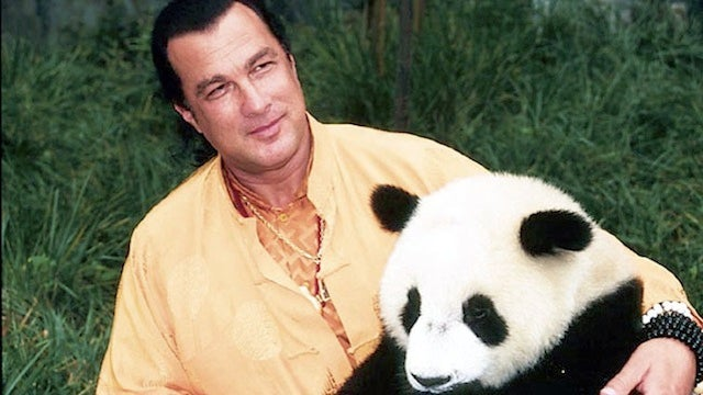 Steven Seagal And Racist Arizona Sheriff Bust Alleged Cockfighting Ring With A Tank