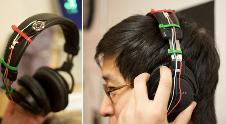 Accelerometer Headphones Control Music Via Headbanging