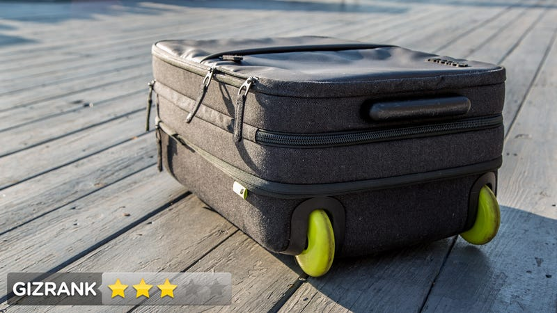 Incase EO Roller Review: The Stylish Gadget Suitcase That Might Crush Your Gadgets