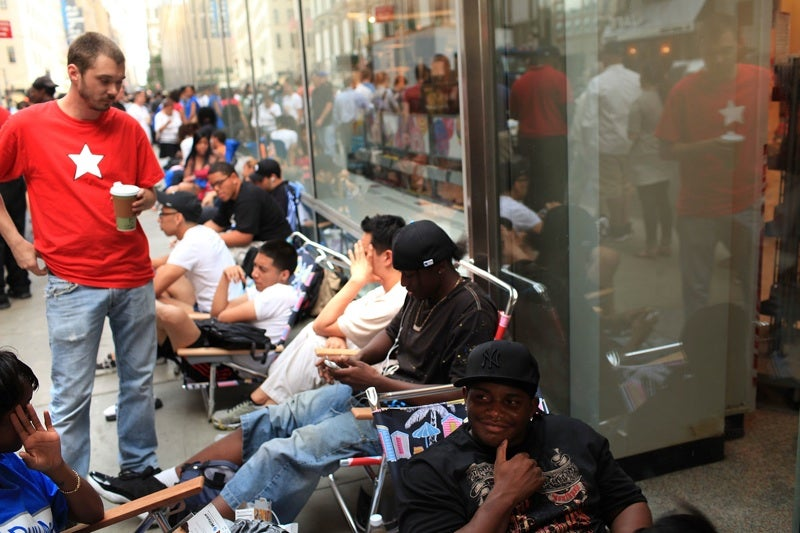 What People Waiting in Line for an iPhone Can Learn from Twilight Fans