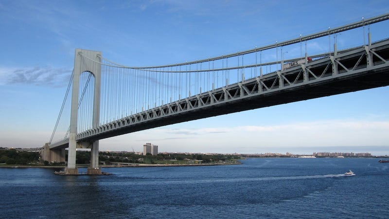 Cops Open Fire on Verrazano Bridge After SUV Blows Through Toll Booth