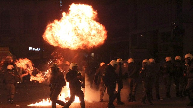 Greek Protesters Set Fire to Notable Buildings, Starbucks