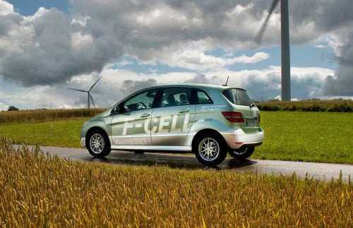 Mercedes F-CELL: Zero Emissions, 106 MPH, Available In US Next Year