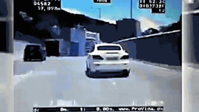 Grand Theft Auto Comes to Life in Hong Kong Car Chase