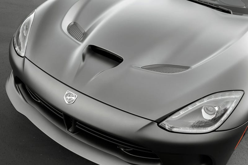 SRT's New Anodized Carbon Paint Makes For A Sinister Viper GTS