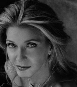 Sex & The City: The Column That First Revealed Candace Bushnell's Plan To Conquer Universe, Evict The Smarts