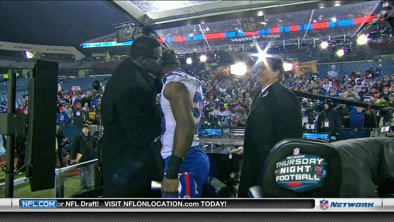 Michael Irvin Brought Out The PDA For Bills Running Back C.J. Spiller