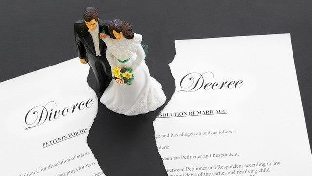 Divorce Sales Help Rich Ladies Unload All That Pesky Expensive Stuff