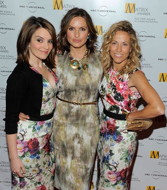 Awkward! Fey, Crow Sport Similar Dress At Matrix Awards