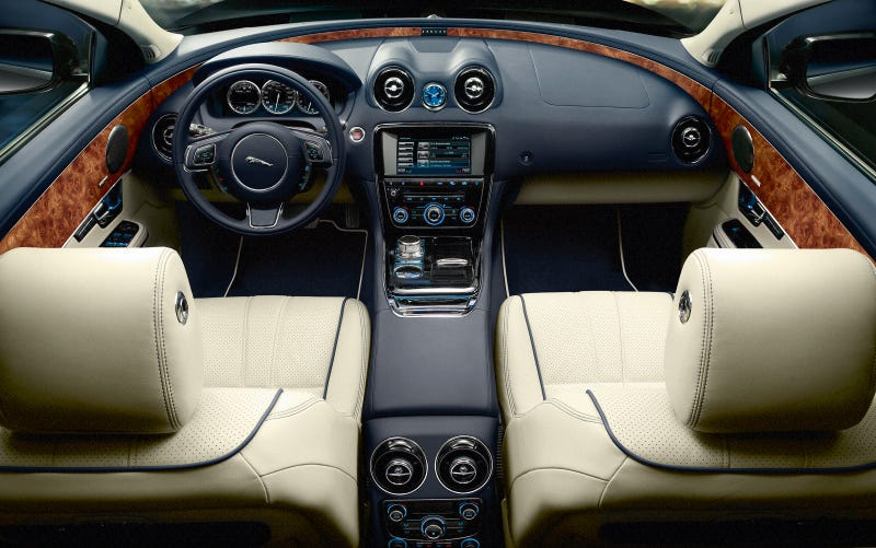 2010 Jaguar XJ: The New Cat Revealed!