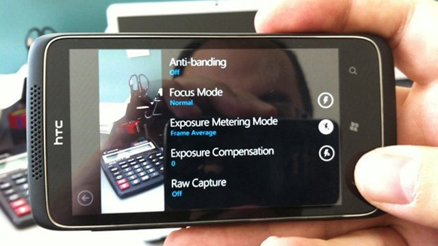 Leaked HTC Windows Phone 7 Handset Appears to Shoot RAW Photos With a 12MP Camera