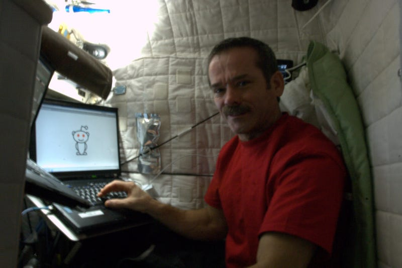 Astronaut Chris Hadfield is answering questions on reddit right now!