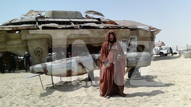 Leaked secret Star Wars Episode 7 photos bring great news for fans