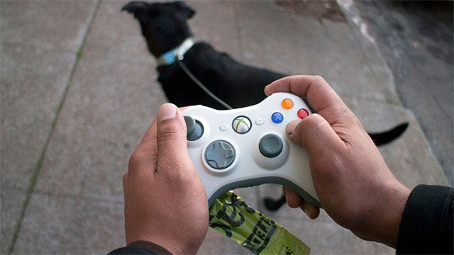 One Very Practical Use For Old 360 Controllers
