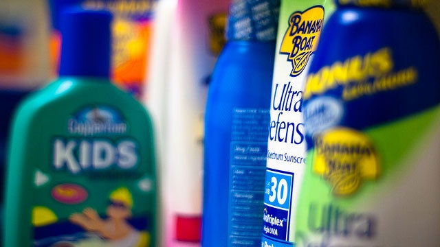 Find the Best Sunscreens with the Fewest Hazardous Ingredients
