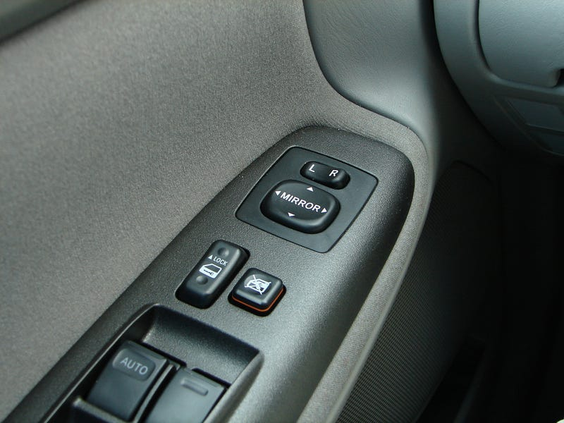 Ten Car Controls That Desperately Need A Standard Location