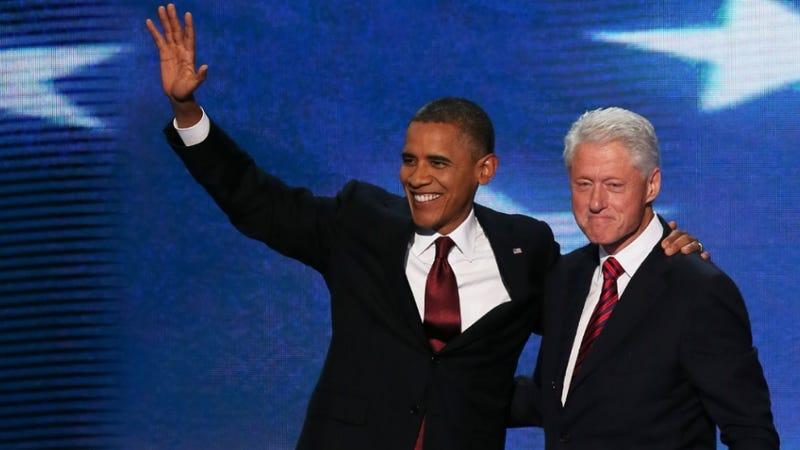 Obama, Warren Buffett and Bill Clinton Keep High-Fiving Each Other on the Internet