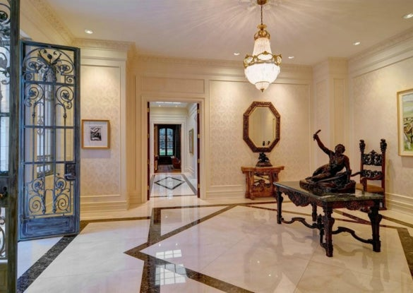 """$11.9 Million Gets You """"The House That the Commodore 64 Built"""""""