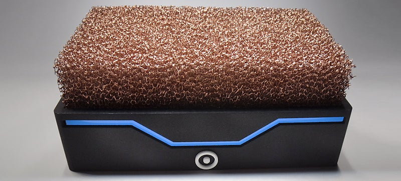 A Nest of Copper Foam Lets This Tiny PC Run Silently Without Fans