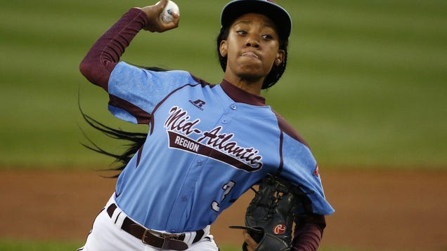 Mo'ne Davis Pulled In Third Inning, Remains Queen of America's Heart