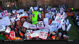 """Yale Cites Wikipedia"": Your <em>College GameDay</em> Sign Roundup"