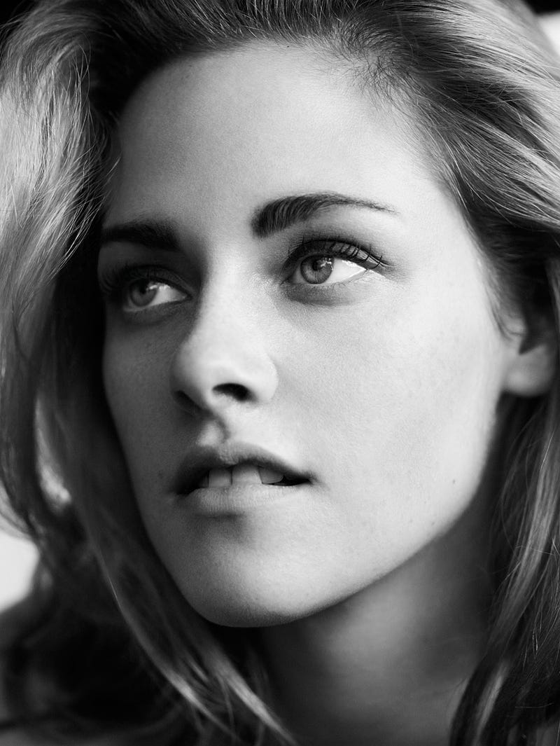 Vogue Makes Kristen Stewart's Hair, Eyebrows Look As Awkward As Kristen Herself