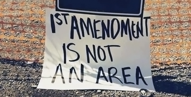Sorry, That Viral Free Speech Photo Is from Bundy Ranch, Not Ferguson