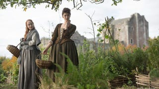 Your Guide to Dressing Like an <em>Outlander</em> Character