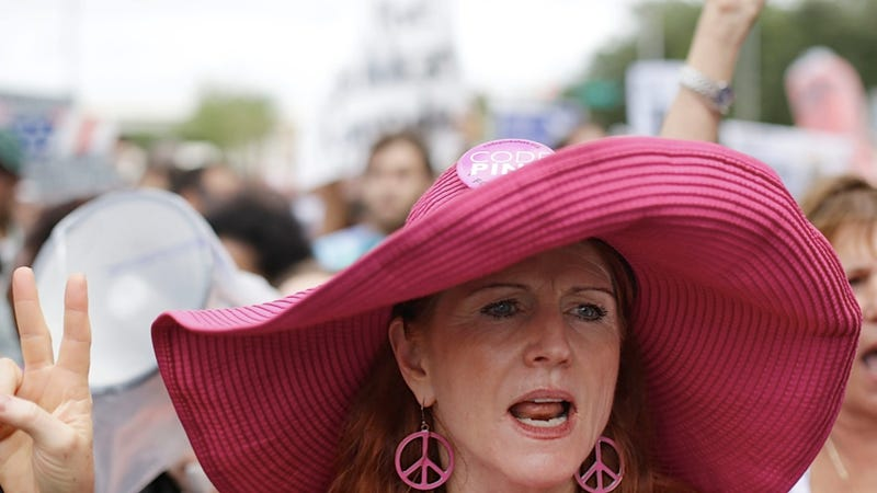 Shame the GOP with Floppy Pink Sun Hats