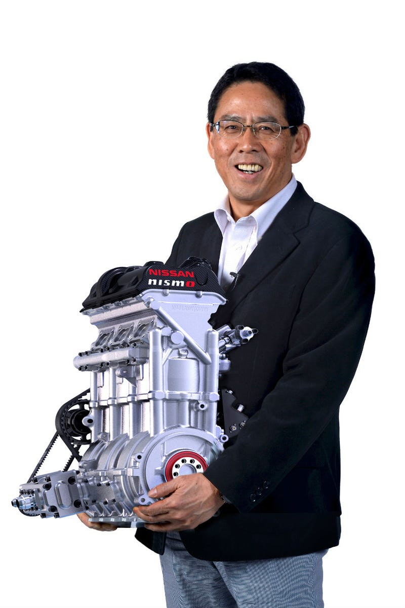 You Can Cradle This 3-Cylinder Engine Like an 88-Pound, 400 HP Baby